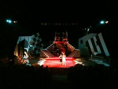 white set becomes color of light Wonderland Theater, Alice In Wonderland, Scenic Design, Party Themes, Scenery, Fair Grounds, Black And White, Travel, Image