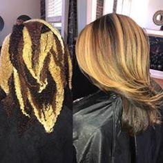 Color placement is key 😉 💯 💯 Pressed Natural Hair, Blonde Natural Hair, Love Hair, Gorgeous Hair, Big Hair, Beautiful, Curly Hair Styles, Natural Hair Styles, Birthday Hair