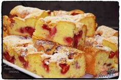 Křehoučká bublanina s jahodama Czech Desserts, German Baking, Brittle Recipes, Czech Recipes, Summer Cakes, Dessert Cake Recipes, Hungarian Recipes, Pastry Cake, Cake Toppings
