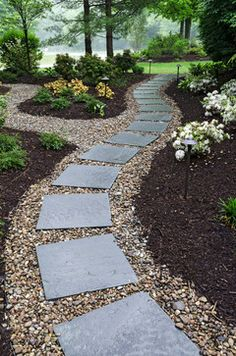 Walkways & Paths - Traditional - Landscape - Cleveland - The Pattie Group Inc