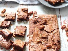 Brownie aux noix de pécan Biscuits, Muffin, Pie, Food, Vsco, Table, Financier, Crack Crackers, Torte