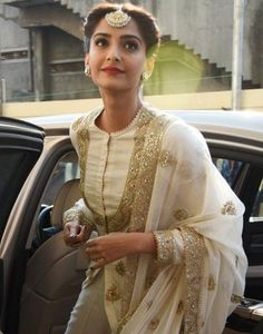 Elegant updos: Sonam Kapoor: