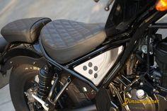 Custom made seats #Hondarebel #rebel300 #hondamotorcycles #honda #moto #motorcycle #newrebel #rebel #cruiser #custombike #bobber #brat #cmx300 #diy #retrobike #limitededition #cmx500 #rebel500 #myride #fujifilm #fuji #90mm #borntoride #rideordie #bikeoftheday #bikerofinstagram #biker #bike #custom