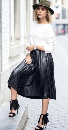 That Skirt! ❤️