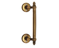 Brass pull handle for entrance door, designed and manufactured in Italy.  The pull handle Ducale is the perfect hardware for the main door of your home, and it is available in different finishes.