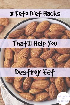 These Keto Diet hacks are THE BEST! I'm so happy I found these GREAT ketogenic diet tips! Now I have some great ways to lose weight and stick to the keto diet. #Macarons&Mochas #KetoHacks