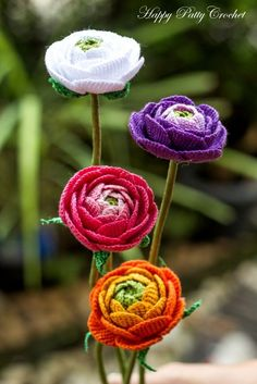 Crochet Flower Pattern for a Ranunculus by Happy Patty Crochet