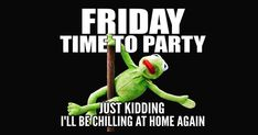 Funny Friday Quotes & Memes to Make You Smile - Funny Friday . - Funny Friday quotes & memes to make you smile – funny Friday memes pictures – - Friday Jokes, Funny Friday Memes, Funny Quotes, Funny Memes, Monday Memes, Nice Quotes, Videos Funny, Friday Funny Pictures, Black Friday Funny