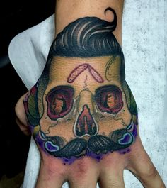 Skull vintage barber tattoo neotraditional by Juan David Castro R