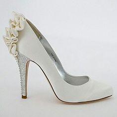 Flowering wedding shoes love!