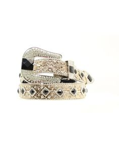 Show off your fashion sense with this great Nocona belt by M&F Western Products . Belt is a tan croc print. Rhinestones and silver beads perfectly accent the black square stones that run down the center. Silver ball-chain edging.