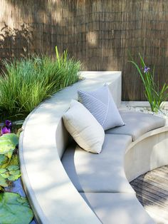 An Outdoor Lifestyle = Water garden seating Built In Garden Seating, Outdoor Seating, Outdoor Rooms, Outdoor Gardens, Outdoor Living, Outdoor Decor, Backyard Seating, Outdoor Ideas, Backyard Garden Design
