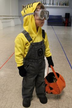 A Jennuine Life: Minion Costume how to make the whole thing!
