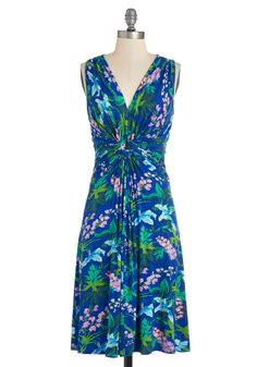 Bring Your Brightest Dress. Slip this floral jersey dress from Fever London onto your frame and feel your best today! #blue #modcloth