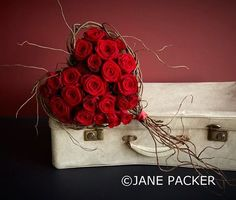 Jane Packer Flowers  https://www.facebook.com/184393227111/photos/pcb.10153953052392112/10153953035867112/?type=3&theater