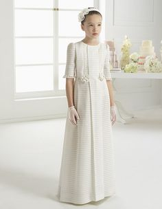 Designer Rosa Clará creates dreamy wedding and evening gowns for women seeking that elusive blend of elegance, allure and sophistication. Little Girl Dresses, Girls Dresses, Flower Girl Dresses, Le Prestige, Holy Communion Dresses, Girls Special Occasion Dresses, Baptism Dress, Baby Gown, Evening Gowns