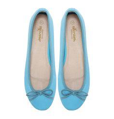 Waterlily | Marcha Ballerina Ballerina Flats, Water Lilies, Cute Woman, Lady, Shoes, Women, Fashion, Walking Gear, Moda