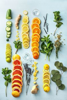 how to make your house smell good-diy-natural-room-scents-HelloFresh-spring-simmering-pot Simmering Potpourri, Stove Top Potpourri, Potpourri Recipes, House Smell Good, House Smells, Room Scents, Natural Air Freshener, House Cleaning Tips, Cleaning Hacks
