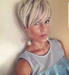 A pixie with freckles  @lavieduneblondie  Who else has a #pixiewithfreckles