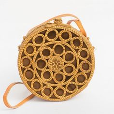hippie makeup 607704543443309880 - Mosaic Round Rattan Bag Source by cvborealis Handmade Clutch, Handmade Bags, Hippie Makeup, Crochet Beach Bags, Mochila Crochet, Lace Bag, Bag Display, Macrame Bag, Mini Crossbody Bag