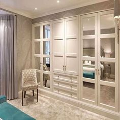 Bedroom sets and examples of newly married architect at home schlafzimmer schrank Bedroom Built In Wardrobe, Bedroom Built Ins, Bedroom Closet Design, Closet Designs, Luxury Wardrobe, Build In Wardrobe, Mirrored Wardrobe, Master Closet, Garderobe Design