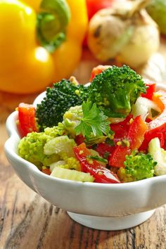 homemade vegetable salad with couscous by magone. bowl of homemade vegetable salad with couscous Vitamins For Vegetarians, Vegetarian Vitamins, Couscous Salad, Christmas Cooking, Vegetable Salad, Menu Restaurant, Healthy Salad Recipes, Healthy Options, Food And Drink