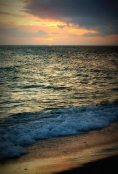 Englewood Beach, FL- can't wait until October! Best Sunset, Sunset Beach, Beach Town, Miami Beach, Englewood Beach, Englewood Florida, Florida Travel, Florida Home, Beautiful Sunrise