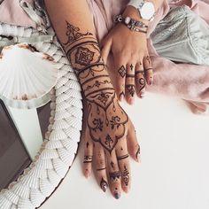Long #henna glove #veronicalilu