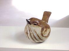 Little sparrow sculpture.