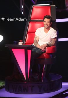The Voice 2013.  Adam and Usher in the same place at the same time? Where's the like button?