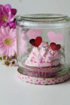 Muffin im Glas ♡ Geschenkidee zum Valentinstag l Kleine Überraschung mit Herz l Liebe l Jahrestag