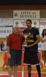 Jordan Hicks scored 10 of Loyola's first 12 points and was named MVP of the game in Loyola's victory over Zepa Marostica on August Loyola University Chicago, August 20, Men's Basketball, Victorious, Athlete, Game, Sports, Hs Sports, Gaming