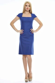 Rochie in uni cu decolteu geometric. Uni, Dresses For Work, Fashion, Moda, Fashion Styles, Fashion Illustrations