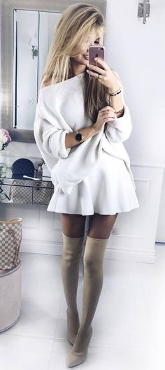 simple outfit | white oversized sweater + skirt + nude over the knee boots