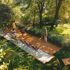 Petanque pit (or Bocce) - On my garden wish list. Garden Games, Backyard Games, Backyard Projects, Backyard Landscaping, Outdoor Rooms, Outdoor Fun, Outdoor Living, Outdoor Furniture, Back Gardens
