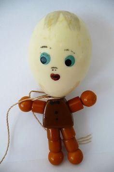 Humpty Dumpty Bakelite Rattle Crib Toy