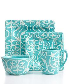 Turquoise, Aqua And Teal Aqua Blue, Shades Of Turquoise, Shades Of Blue, Blue Dishes, White Dishes, White Plates, Vase Deco, My Favorite Color, My Favorite Things