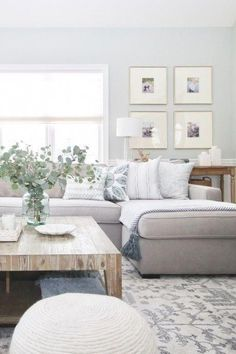 Living Pequeños, Living Room Grey, Rugs In Living Room, Living Room Designs, Modern Living, Room Rugs, Living Spaces, Small Living Room Sectional, Simple Living