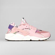 Nike Wmns Air Huarache Run Print Aloha Pack Pink Glaze (206,350 KRW) ❤ liked on Polyvore