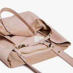 New Cube Shoulder Bag - Nude - ippolito
