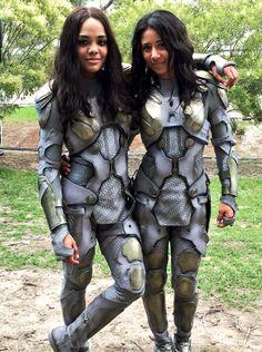 Tessa Thompson and stunt double Tara Macken on the set of Thor:...