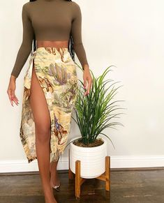 """Random&Chic Vintage on Instagram: """"Thighs the limit🌱 Click link in bio to show now"""""""