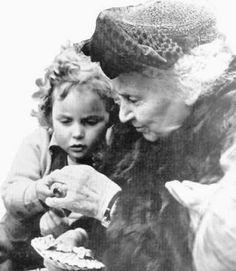 maria montessori biographie montessori at home pinterest montessori and maria montessori - Maria Montessori Lebenslauf