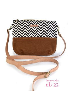 teen girl gift,personalized teen,gift for women,chevron bag,cross body purse,small cross body bag,personalized womens,bridesmaid bag