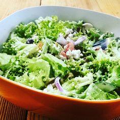 Chilli' & relaxin' @supasalad  #meinsalat #instasalad #instafoodie #instafun #instaweekend #instafood #healthylifestyle #healthy #healthyeating #salad #salads #supasalad Lettuce, Healthy Lifestyle, Salads, Healthy Eating, Vegetables, Cooking, Photos, Instagram, Food