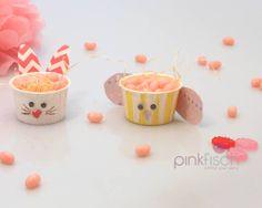 Häschen und Küken aus Candy Cups http://www.pinkfisch.ch/shop/alles-fuer-die-party/backfoermchen/candy-cup-gelb-weiss-gestreift