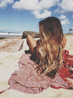 Ombre waves = perfect beach hair!