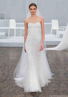 d8d7309930 Monique Lhuillier Mermaid Wedding Dress - Wedding and Bridal Inspiration