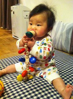 おもちゃを食う!