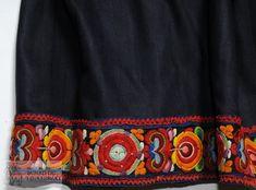Livstakk - Norsk Institutt for Bunad og Folkedrakt / DigitaltMuseum Folk Costume, Costumes, 10 Picture, Boho Shorts, Skirts, Women, Fashion, Moda, Costume